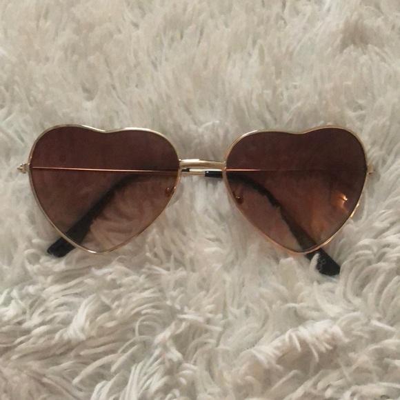 95c59d394c0 Accessories - Heart shape sunglasses